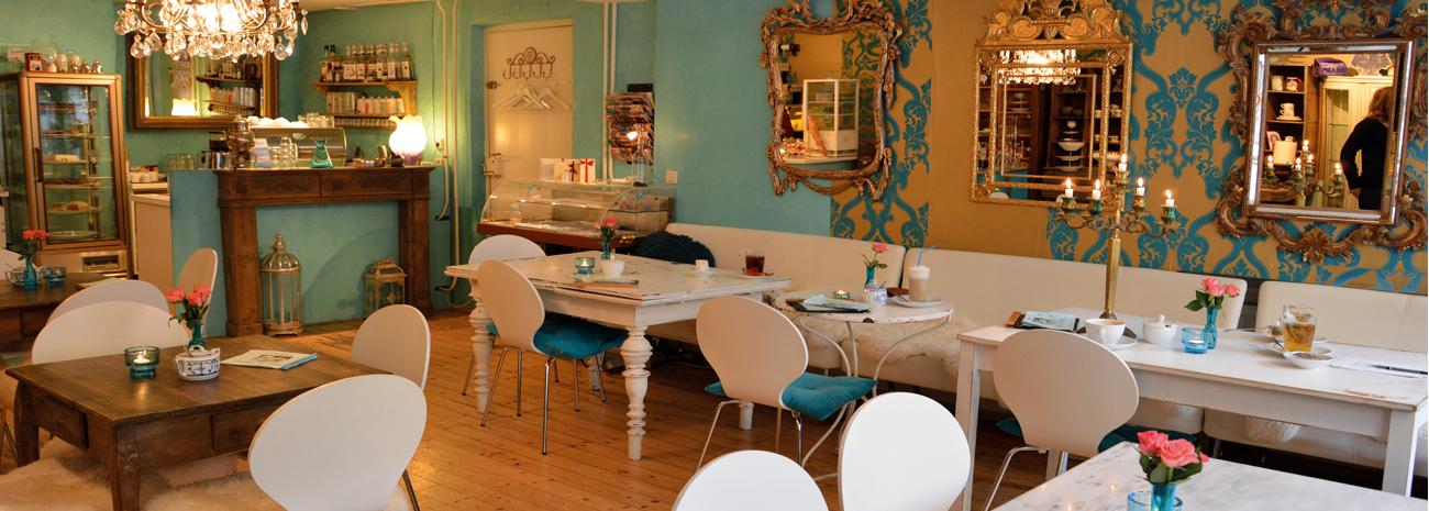 Café im Süden - Innenansicht des Cafés